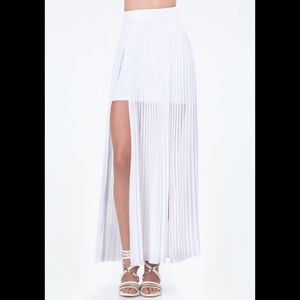 Bebe Women's White Pleated Slit Maxi Skirt 2